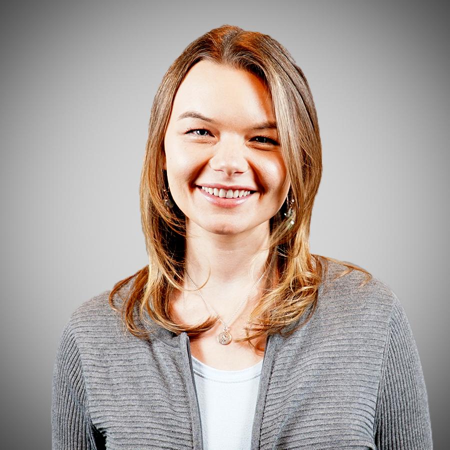 Laura Galijan Headshot