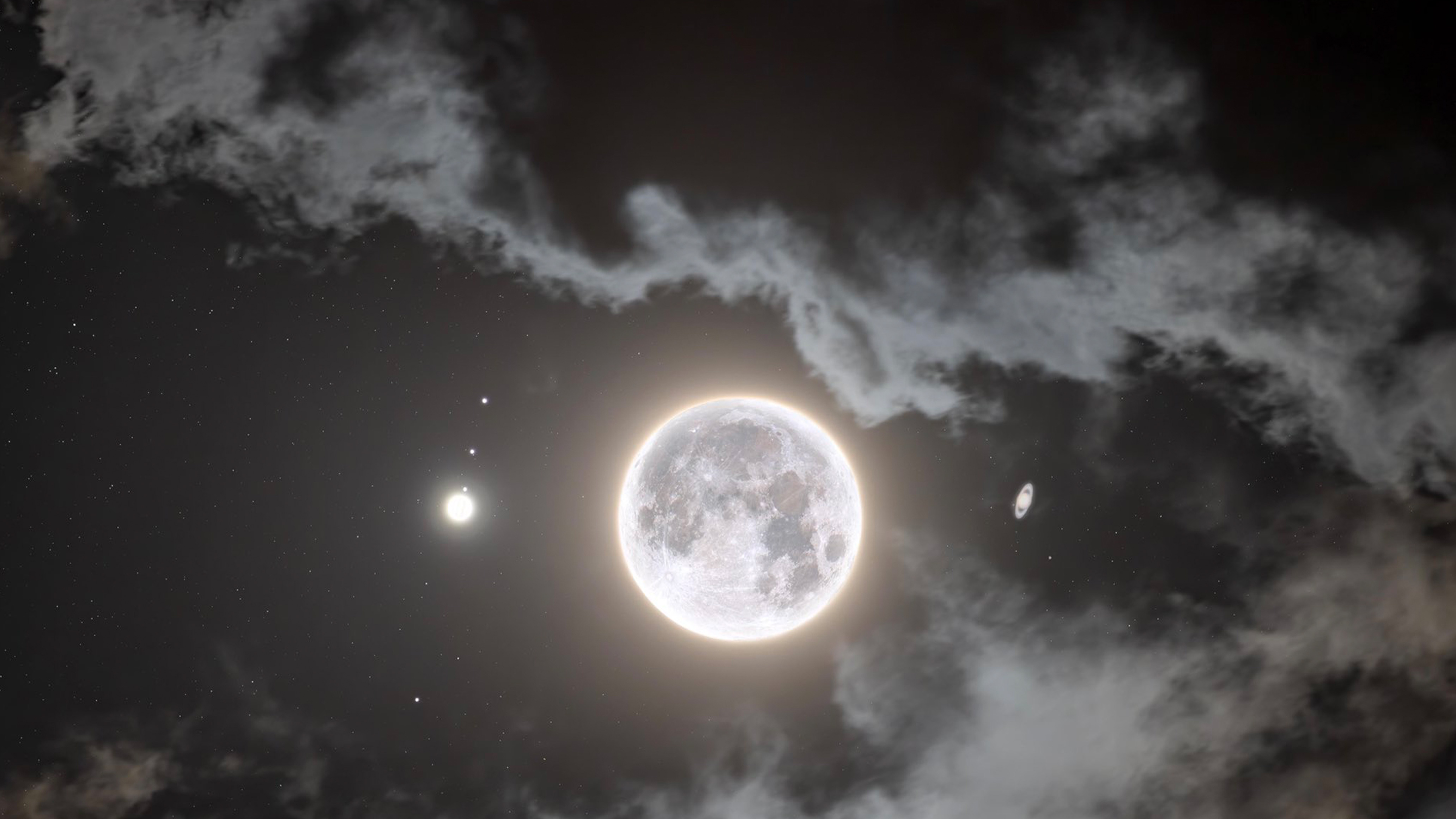 Jupiter, moon, Saturn in alignment